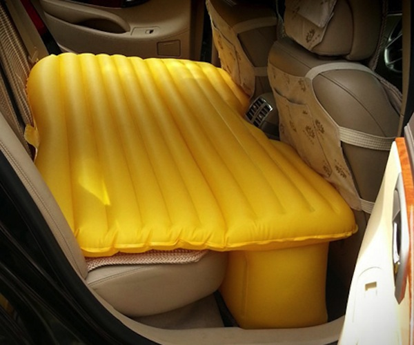 Several advantages of having air mattress for car themed beds
